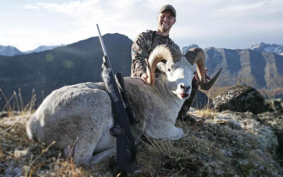 canada-yukon-sheep-hunting
